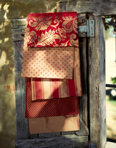 Damask Collection in red